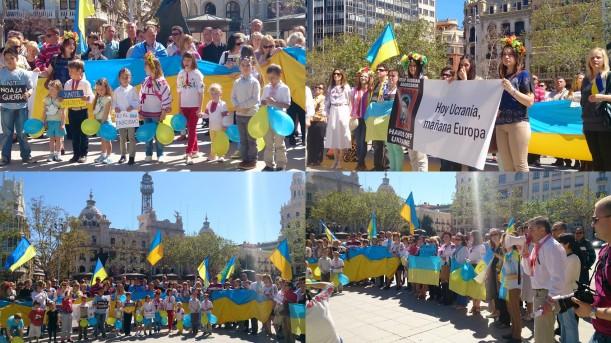 Manifestación en apoyo a la unidad territorial de Ucrania en Valencia