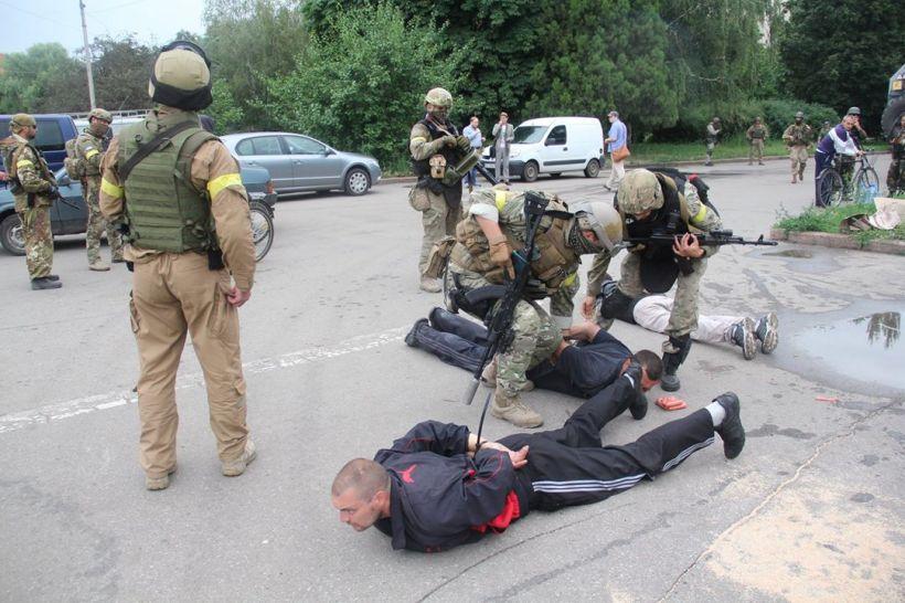 Salchichas_ayuda_humanitaria_rusos