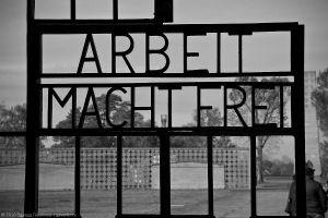 Bandera tuvo la suerte de salir con vida de Sachsenhausen, pero decenas de miles de prisioneros se quedaron allí para siempre. Foto del blog http://gavailer.livejournal.com/