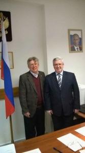 (de izquierda a derecha) Cónsul General ruso en Salónica Aleksey Popov y diputado Gavriil Avramidis, 23 de enero de 2015, Salónica
