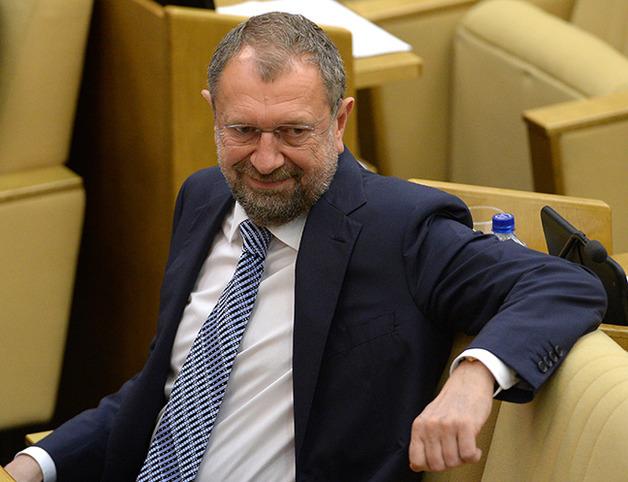 Jefe adjunto de la comisión de finanzas en la cámara baja del parlamento, Vladislav Reznik. Fotógrafo: Vladimir Fedorenko / RIA Novosti