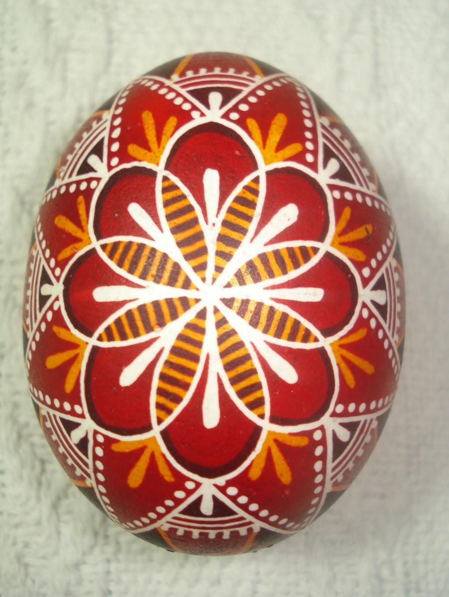 Decoración de huevos de Pascua a lo ucraniano