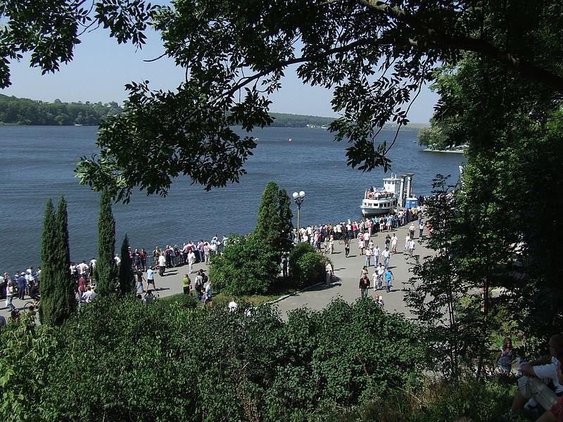 UA-TE_Ternopol_Lake_Buran_40_27-08-11