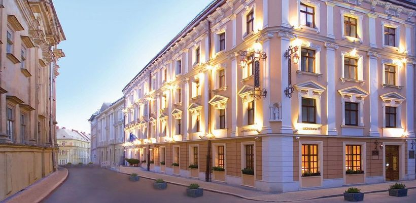 Hotelleopolis