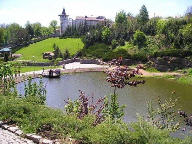sofiyivsky-park-in-uman