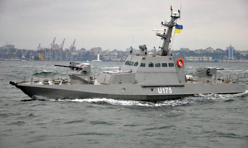 Navio ucraniano en Kerch