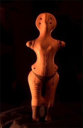 Figurina femenina de la cultura Tripiliana